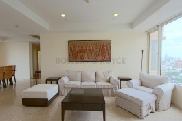 Great-Location-Three-Bedroom-Condo-for-Rent-in-Thong-Lor-1