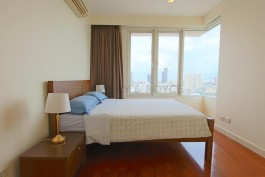 Great-Location-Three-Bedroom-Condo-for-Rent-in-Thong-Lor-13