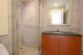 Great-Location-Three-Bedroom-Condo-for-Rent-in-Thong-Lor-15