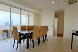 Great-Location-Three-Bedroom-Condo-for-Rent-in-Thong-Lor-5