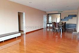 Spacious-Three-Bedroom-Condo-for-Rent-in-Ekkamai-1
