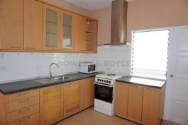 Spacious-Three-Bedroom-Condo-for-Rent-in-Ekkamai-4