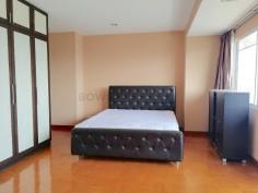 Spacious-Three-Bedroom-Condo-for-Rent-in-Ekkamai-5