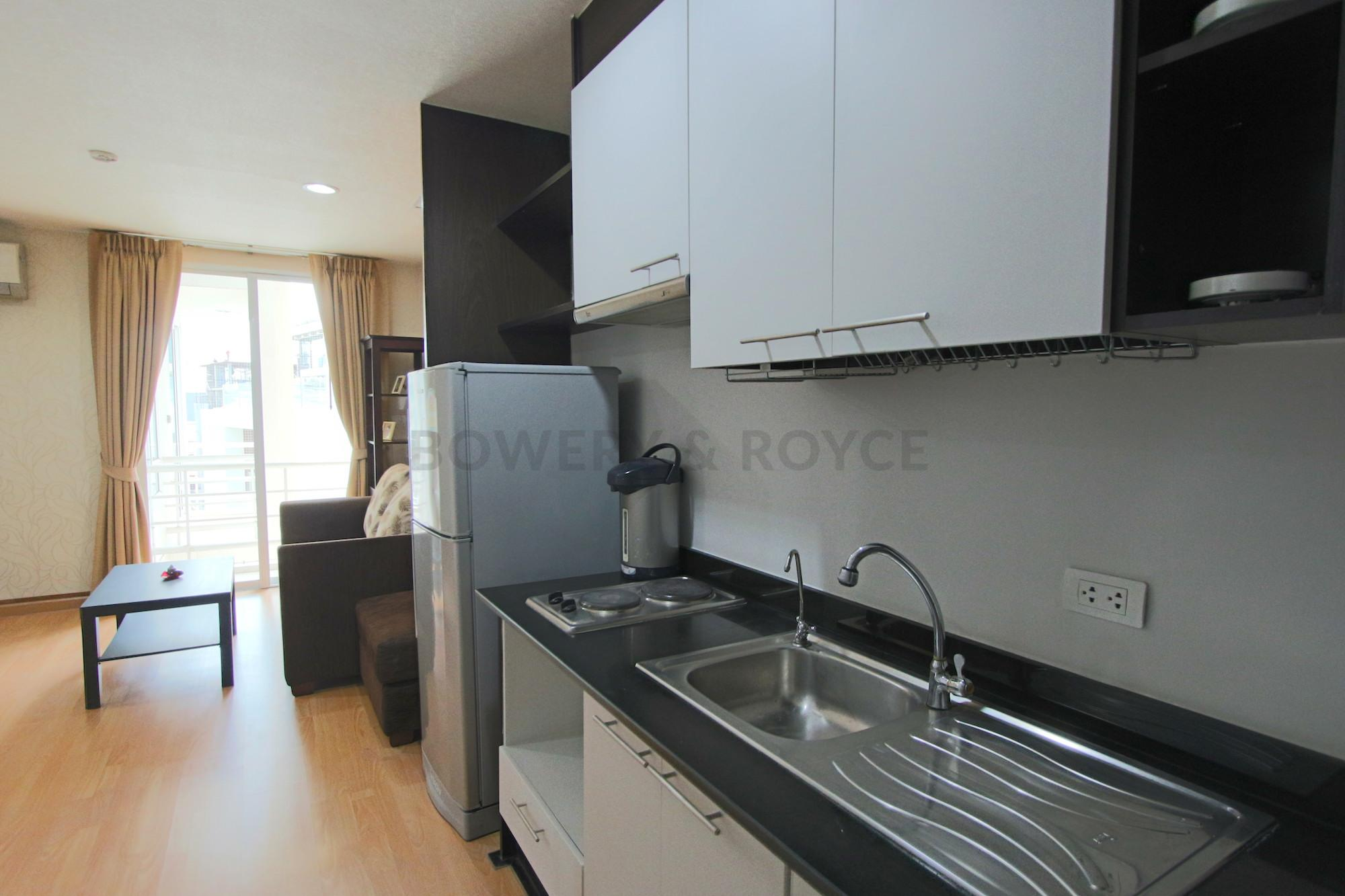 desirable-two-bedroom-condo-for-rent-in-Phrom-Phong-3