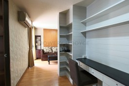 desirable-two-bedroom-condo-for-rent-in-Phrom-Phong-5