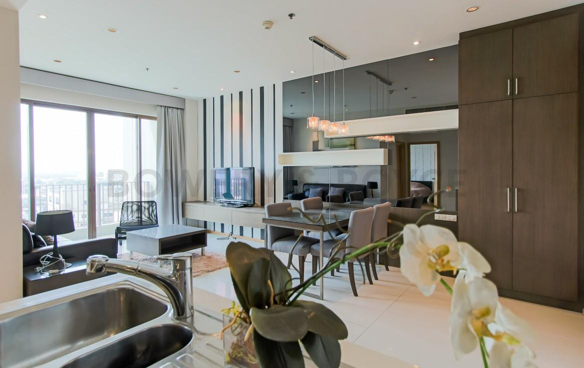 Exquisite One Bed for Rent & for Sale in Phrom Phong-11