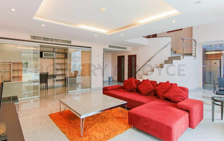 Large Two Bedroom Duplex For Rent in Phra Khanong-living-room-2