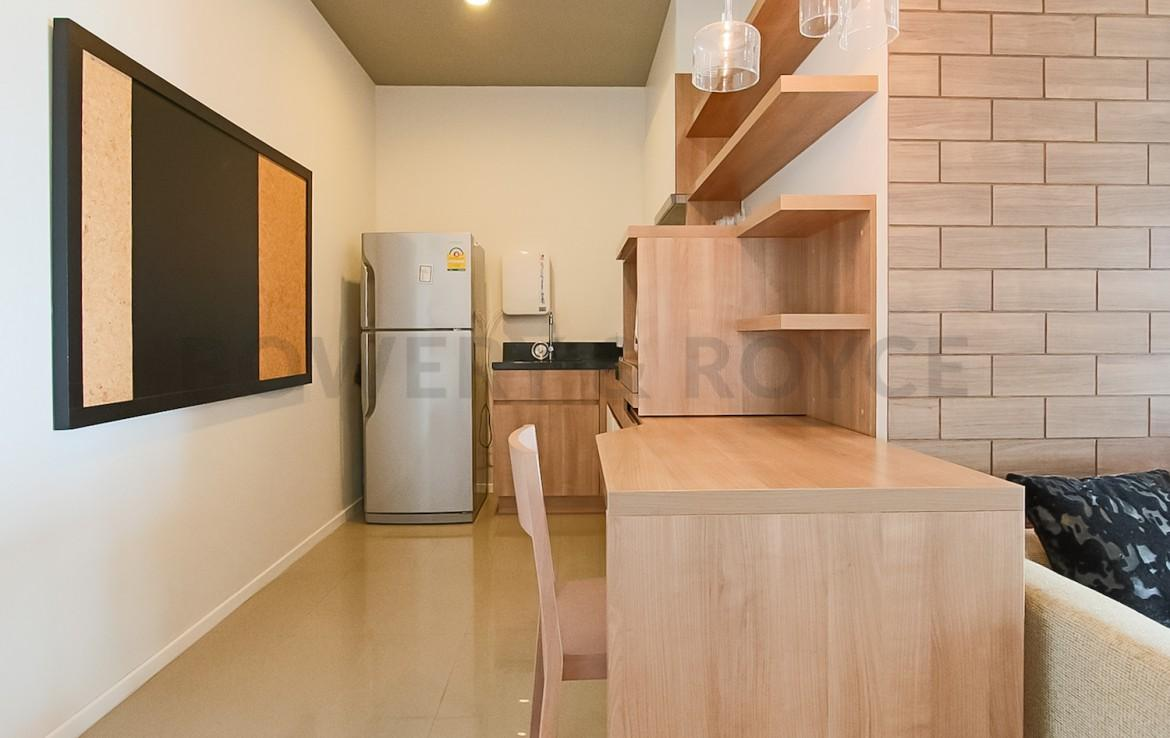 Lovely One Bedroom Condo For Rent In On Nut-2