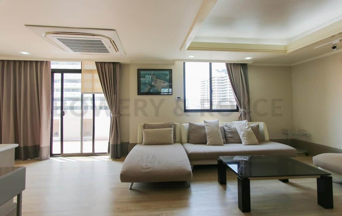 Lovely-Two-Bedroom-Duplex-Condo-for-Rent-in-ThongLor-36