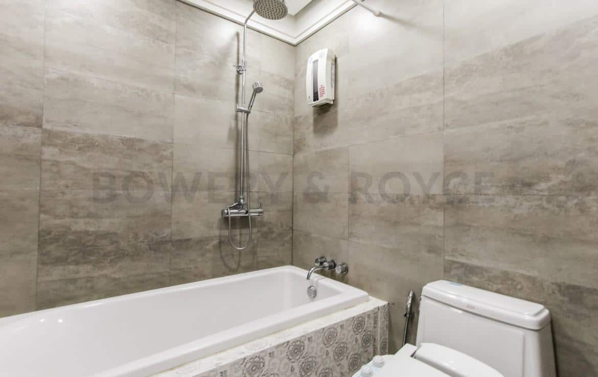 Lovely-Two-Bedroom-Duplex-Condo-for-Rent-in-ThongLor-38