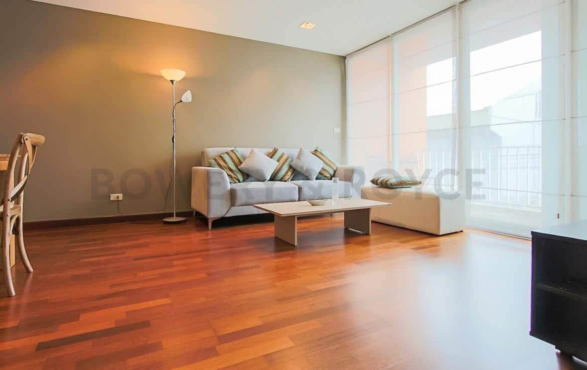 Modern Two Bedroom Condominium For Rent Thong Lor-3