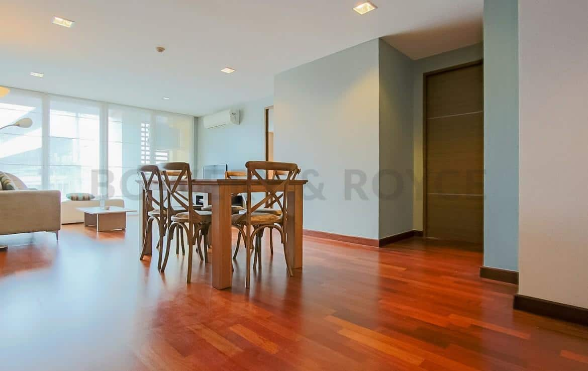 Modern Two Bedroom Condominium For Rent Thong Lor-4