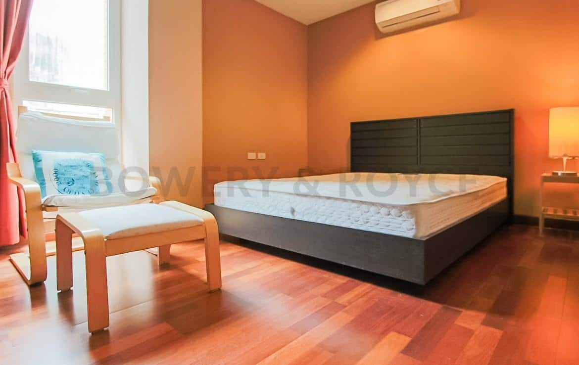 Modern Two Bedroom Condominium For Rent Thong Lor-7