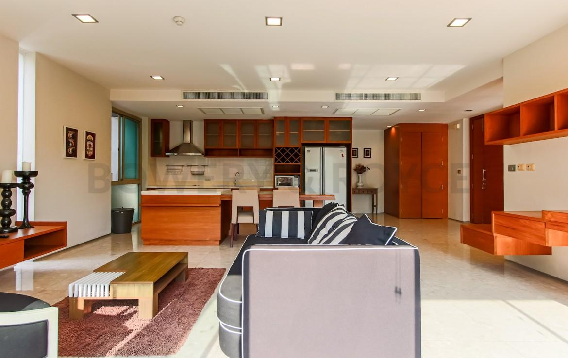 Spacious-Two-Bedroom-Condo-for-Rent-in-PhraKanong-0