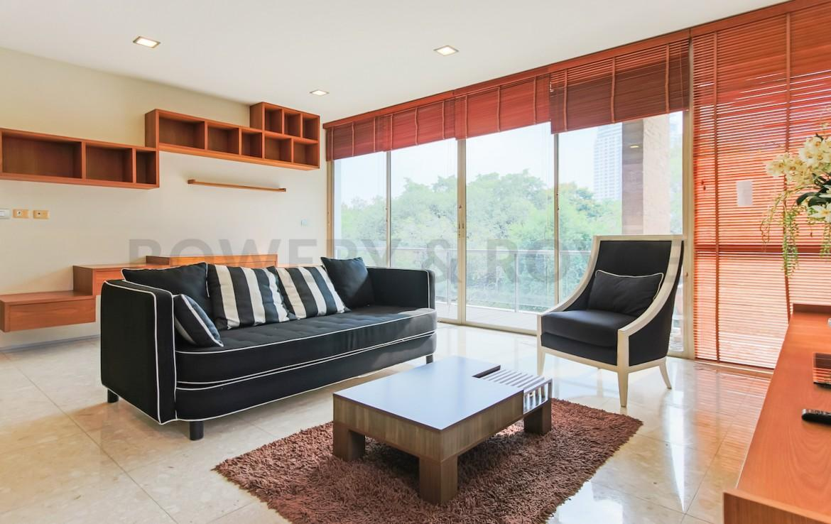Spacious-Two-Bedroom-Condo-for-Rent-in-PhraKanong-1