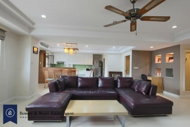 Spacious-three-bedroom-condo-for-rent-in-PhromPhong-2-1024x682