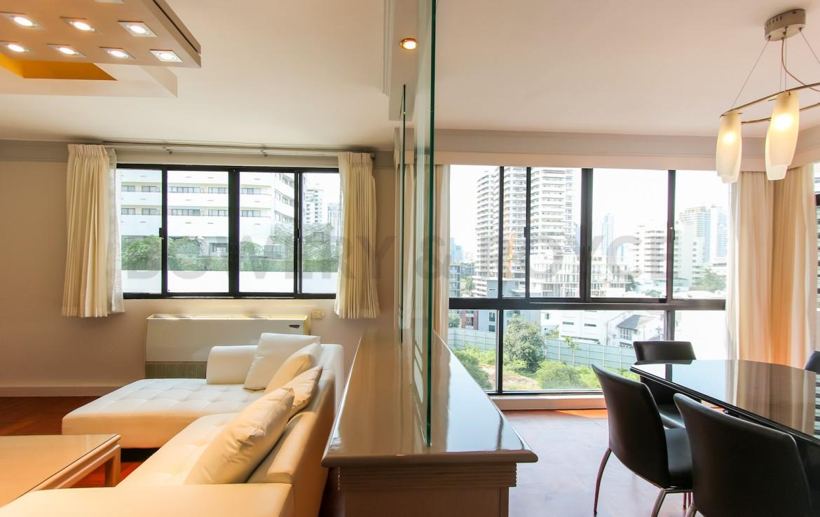 bright two bedroom condo for rent in Thong Lor-2