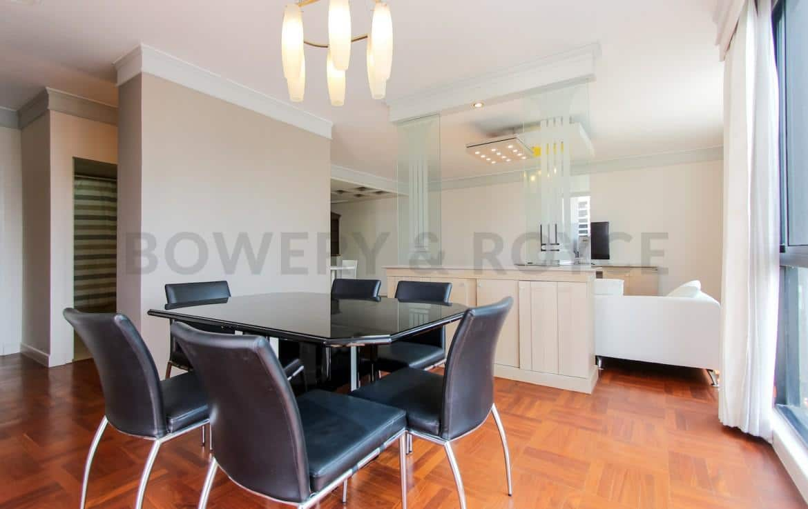bright two bedroom condo for rent in Thong Lor-4