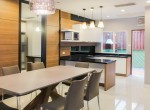 immaculate-four-bedroom-townhouse-for-rent-in-thonglor-1