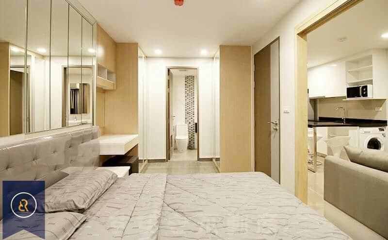 Beautiful-Modern-One-Bedroom-Condo-for-Rent-in-Asoke-5-bedroom