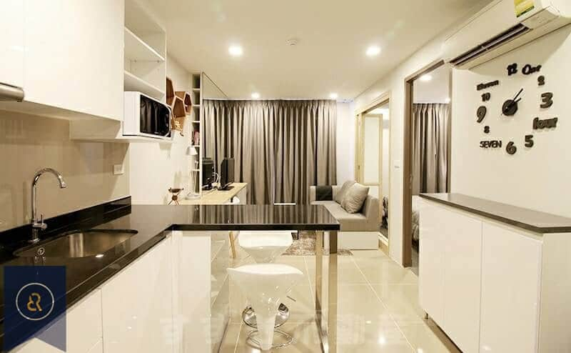 Beautiful-Modern-One-Bedroom-Condo-for-Rent-in-Asoke-kitchen-area