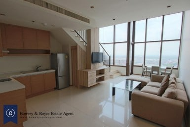 Modern-Duplex-one-bedroom-condo-for-rent-in-Phromphong-1-1-1024x683