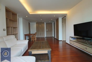 Modern-and-spacious-two-bedroom-condo-for-rent-in-ekkamai-0