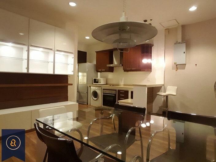 Modern-three-bedroom-condo-for-rent-in-Asoke-4
