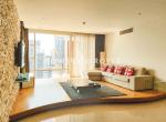 great-location-three-bedroom-condo-rent-ekkamai-2