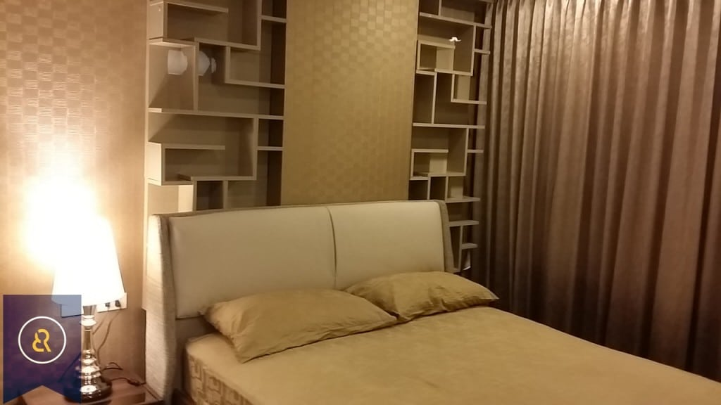 modern-one-bedroom-condo-for-rent-in-Asoke-7-1024x576