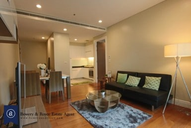 modern-two-bedroom-condo-for-rent-in-Phromphong-02