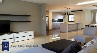well-loved-three-bedroom-condo-for-rent-in-thonglor-4-830x460