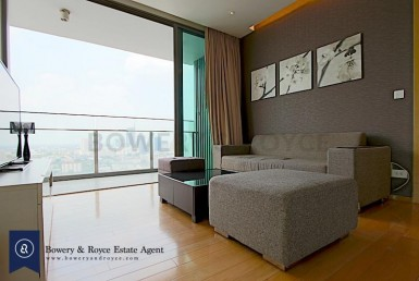 A CLASS ACT Large One Bedroom Condo for Rent in Thong Lor
