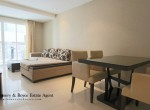 Affordable-One-Bedroom-Condo-for-Rent-in-Ekkamai-4-830x460