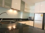 Affordable-One-Bedroom-Condo-for-Rent-in-Ekkamai-7-830x460