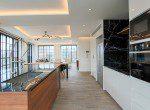 Beautifully Decorated Three Bedroom Condo for Rent in Ekkamai-6