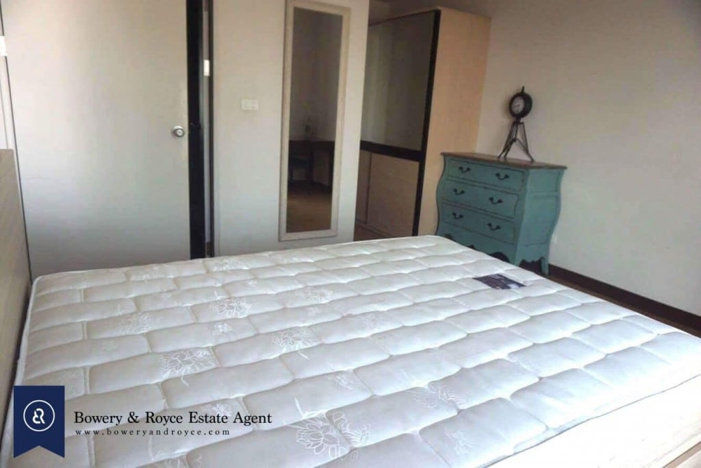 CHIC-ONE-BEDROOM-CONDO-FOR-RENT-IN-THONGLOR-3-1024x684