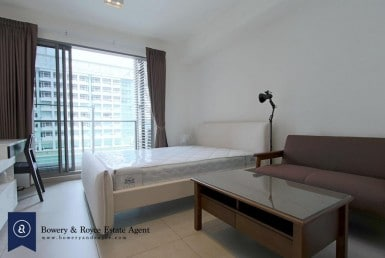 CITY CHIC Studio Condo for Rent in Ekkamai