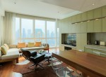 Desirable One Bedroom Condo for Rent in Asoke-6