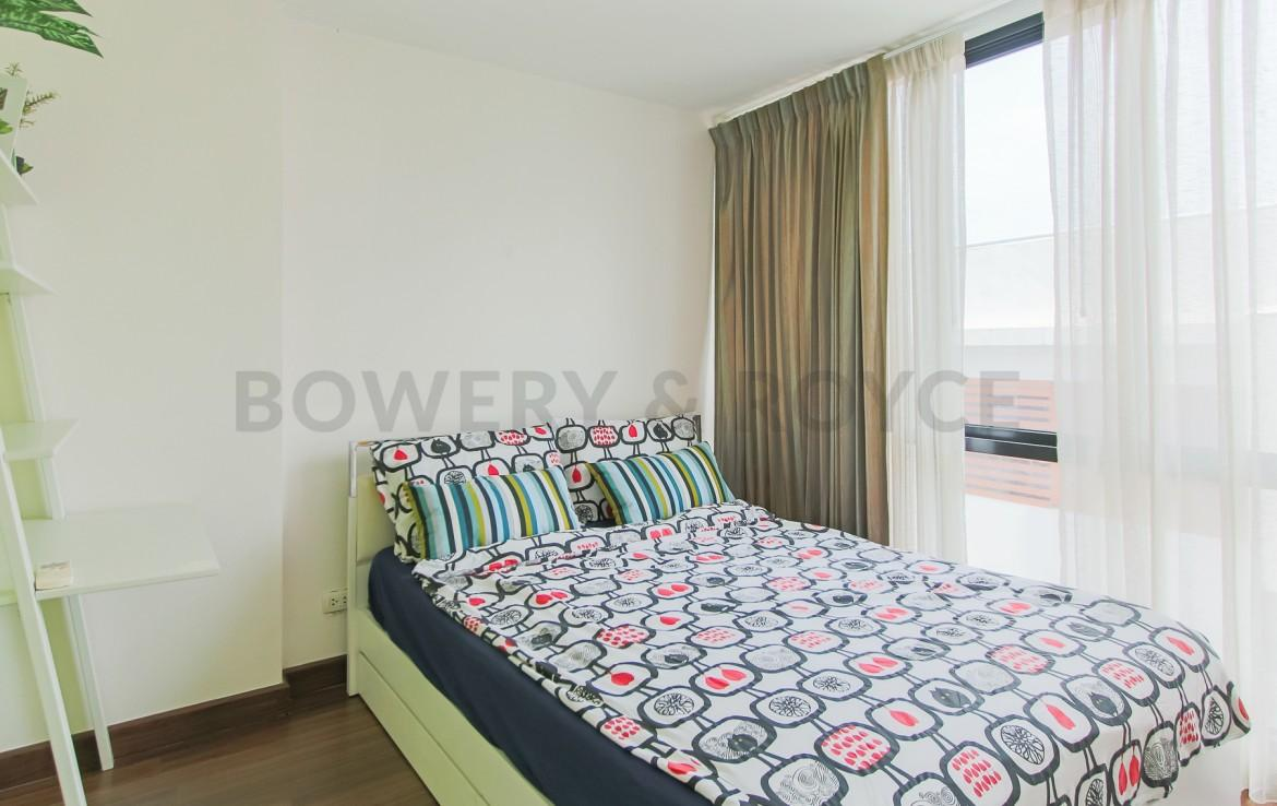 Peaceful two bedroom condo for rent in Ekkamai