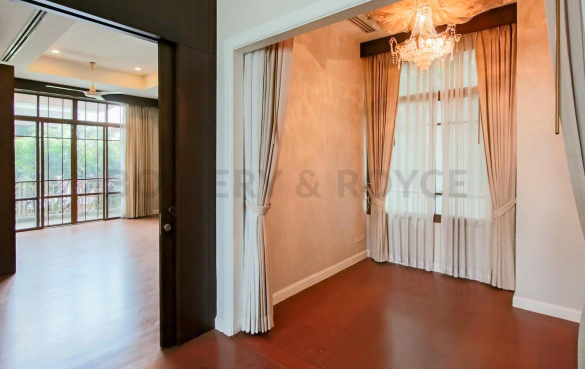 Family Home Four Bedroom Detached House for Rent in Phra Khanong