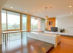 Immaculate-Two-Bedroom-Condo-for-Rent-in-Phra-Khanong-8