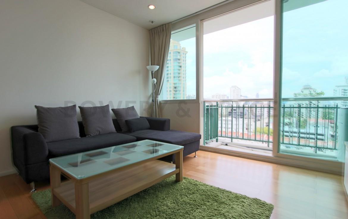 Lovely One Bedroom Condo for Rent in Asoke-1
