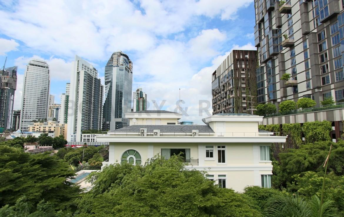 Lovely One Bedroom Condo for Rent in Thong Lor