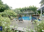 Modern-Spacious-Four-Bedroom-Plus-Pool-for-Rent-in-Ekkamai_3-garden-1024x683