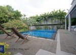 Modern-Spacious-Four-Bedroom-Plus-Pool-for-Rent-in-Ekkamai_4-swimmingpool-1024x685