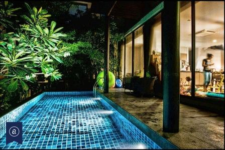 Modern-Unfurnished-House-with-Private-Pool-For-Rent-In-Ekkamai-1-1024x683