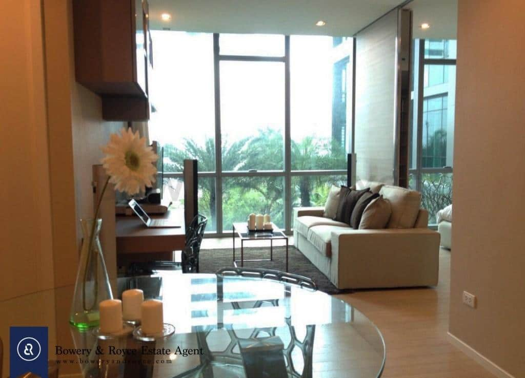 Modern-one-bedroom-condo-for-rent-in-asoke-1-1024x775