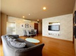 Nice-Two-Bedroom-Condo-for-Rent-in-Phra-Khanong-1