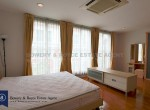 Prime-Location-Four-Bedroom-Plus-Maid-Townhouse-For-Rent-in-Thong-Lor-11-1024x683